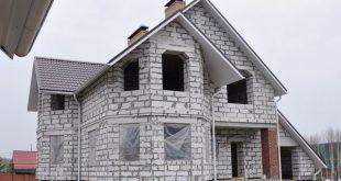stroitelstvo domov iz kirpicha ili gazobetona 1